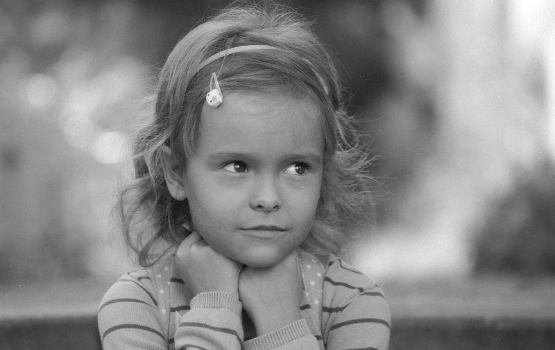 film, pentax, fomapan, portrait, bw, kids, Задумаласьphoto preview