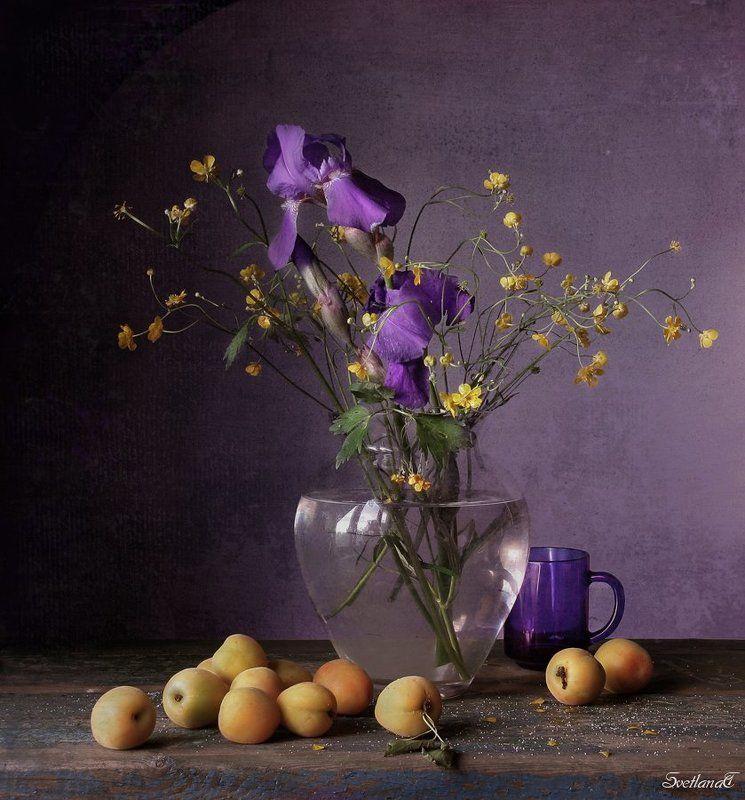 Абрикосы, Ирисы, Натюрморт, Фотонатюрморт, Цветы photo preview