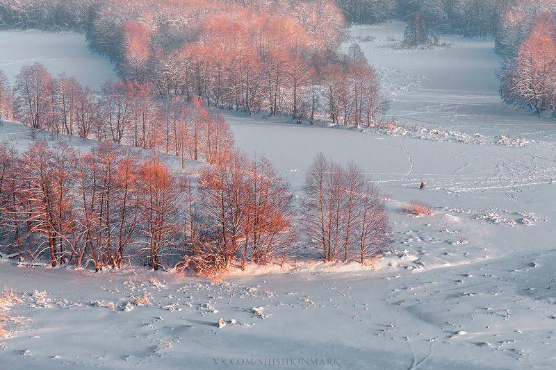 пейзаж, природа, красота, закат, холод, мороз, Россия Одинокий рыбакphoto preview