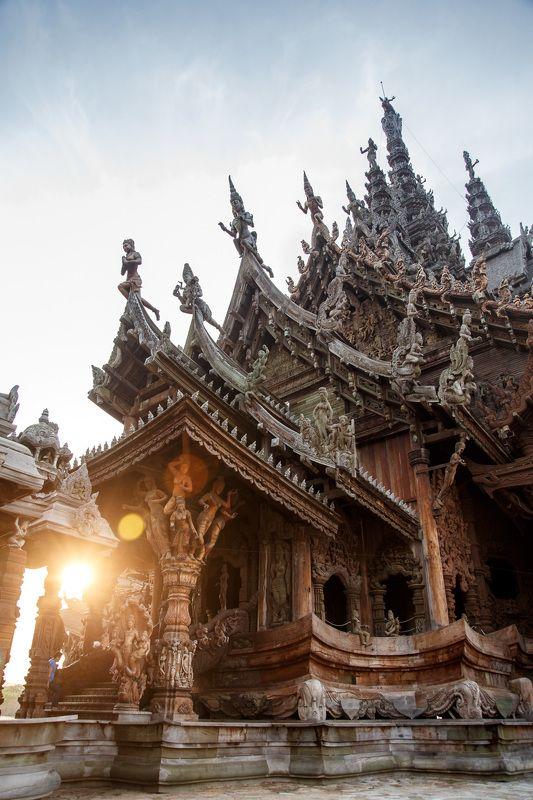 тайланд Храм истиныphoto preview