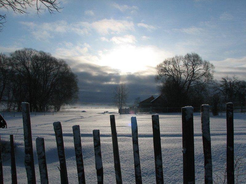утро, зима, снег, деревня, солнце,  восход, облака За околицей.photo preview