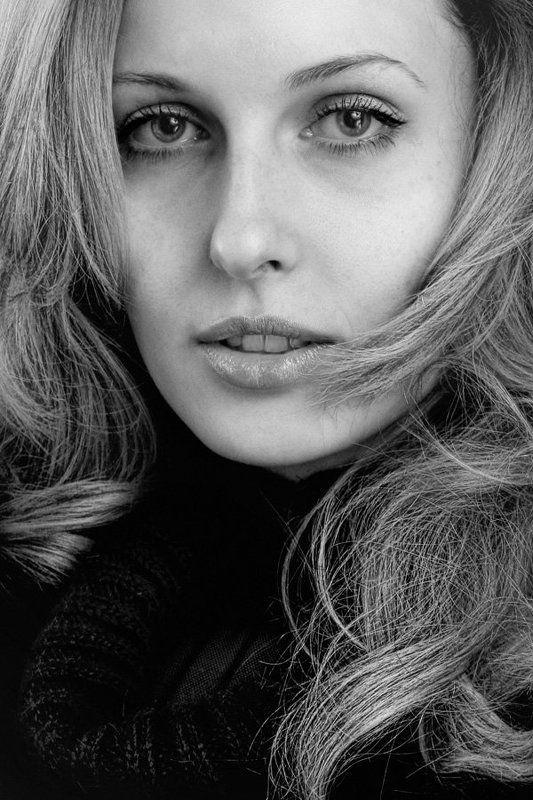 oregu, косинюк, довнич, фото, девушка, портрет, черное и белое, взгляд, оля, ольга взглядphoto preview