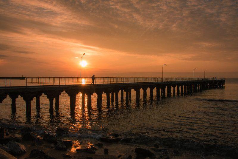 Бегун, Море, Пейзаж, Рассвет, Свет, Солнце, Утро солнце просыпаетсяphoto preview