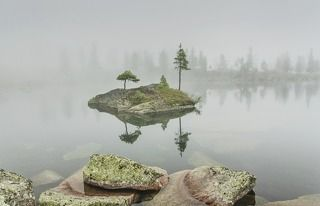 в тумане плавал островок