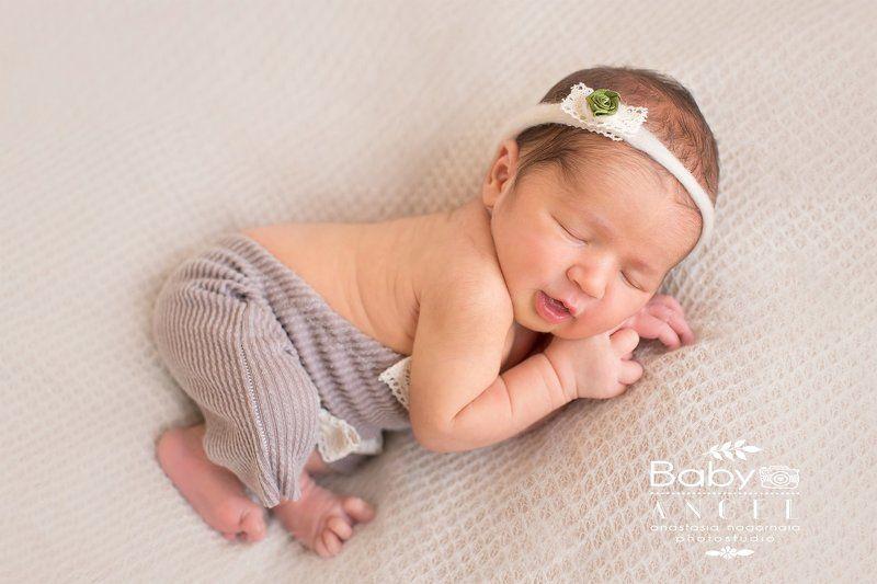 новорожденная, newborn, девочка, спит Эстерphoto preview