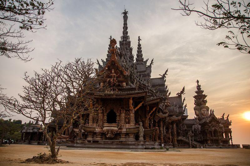 Храм истиныphoto preview