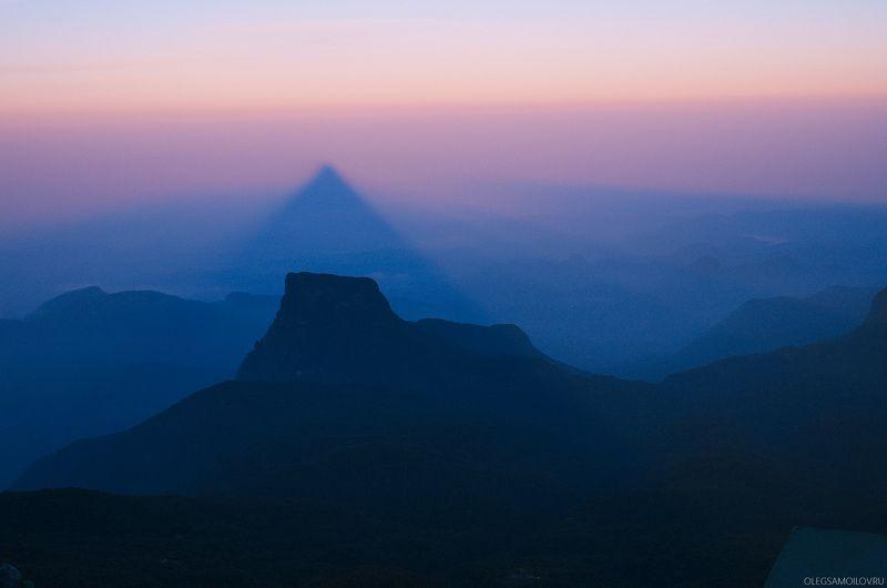 ШриЛанка, Пик Адама, шарипада, путешествия, дом монаха Пик Адамаphoto preview