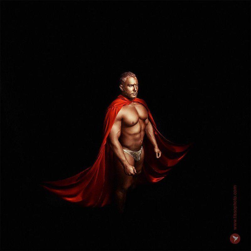 Портрет, мужчина, тело, воин, плащ, студия, взгляд  Golden warriorphoto preview