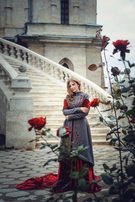 портрет, осень, розы, цветы, храм Последнии розыphoto preview