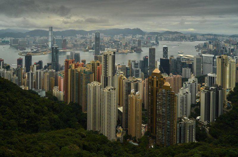 Гонконг городок небольшой...photo preview