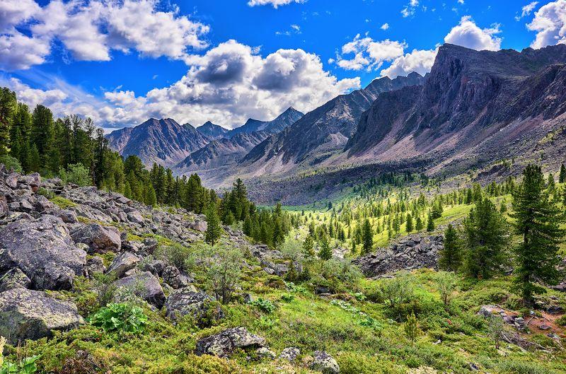 Долина в горахphoto preview