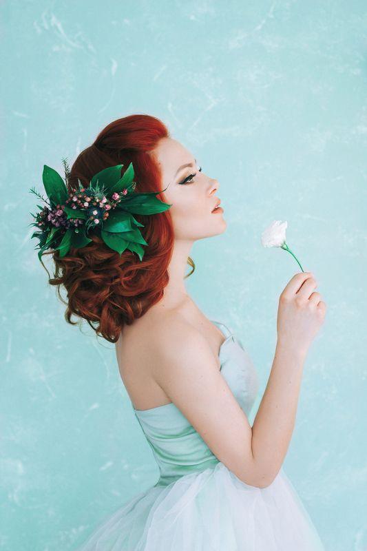 девушка, рыжая, красота, цветы, нежность, весна Настроение - веснаphoto preview