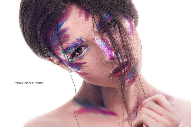 glamour, girl, hair, skincare, eyeshadow, earring, finger, perfume, wavy, elegant, lipstick, lips, face, woman, makeup, glamour girlphoto preview