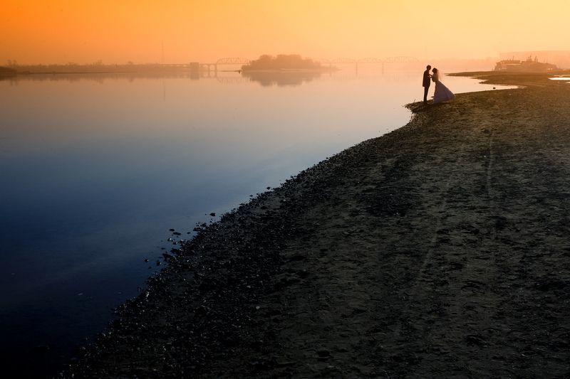 Пейзаж с влюбленнымиphoto preview