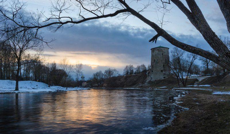 река, март, закат Одинокий вечер...photo preview