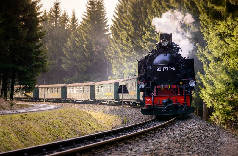 Train, travel, attraction, spring, steam, adventure Old steam trainphoto preview
