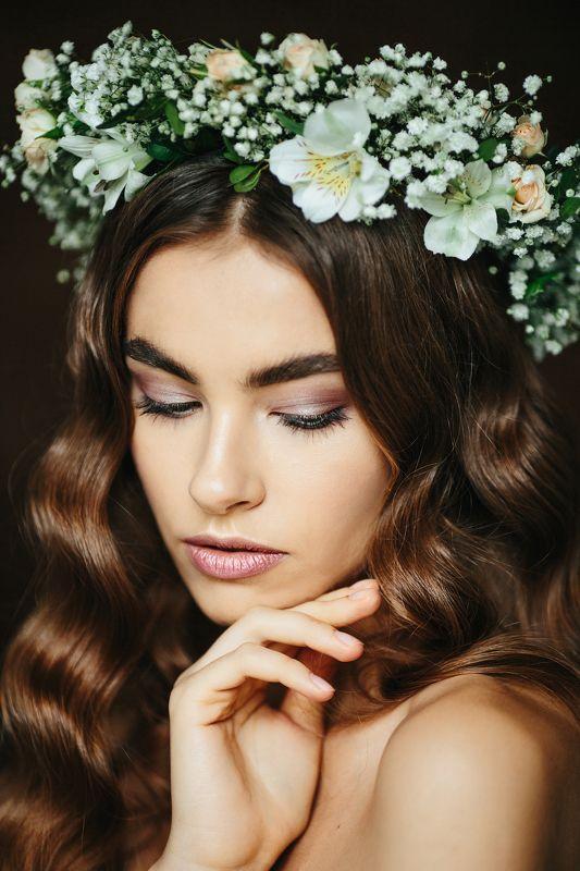 венок, цветы, портрет, девушка, красивые волосы Олесяphoto preview