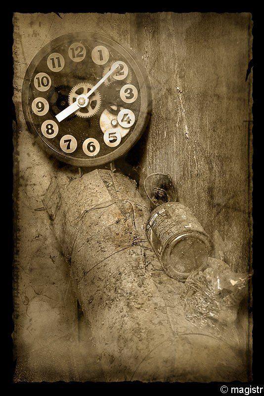 часы, пыль, подвал Потерянное времяphoto preview