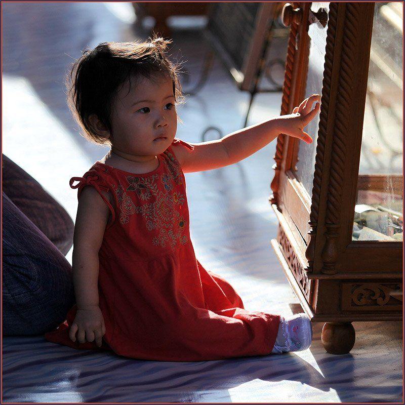 таиланд, чианг май, девочка, солнце Пальчикиphoto preview
