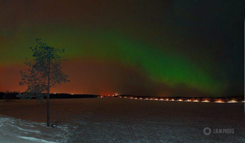 Северное сияние на озере Ниидалаphoto preview
