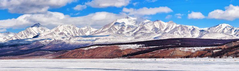 Мунку-Сардык со льда Хубсугулаphoto preview