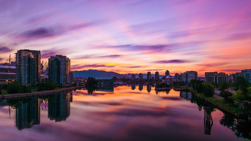 канада, британская колумбия, ванкувер, дома, залив, океан, рассвет, утро, город, пейзаж, свет, небо, облака, длинная выдержка, лучи, солнце, горы, вода Рассвет над Фолс Крикphoto preview