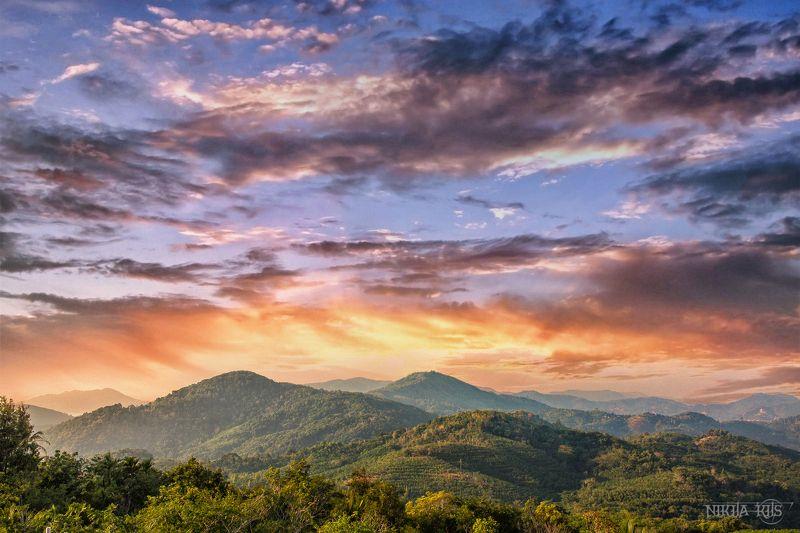 Таиланд, пейзаж, облака, горы  Thai Skyphoto preview
