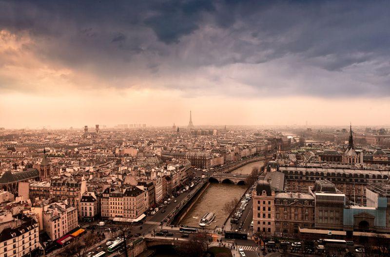 Хмурый Парижphoto preview
