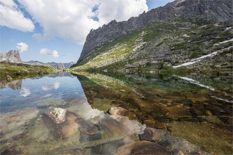 Озеро Мальчиков, Ергаки, Саяны, Зуб дракона, скалы В поисках отражений: озеро Мальчиковphoto preview