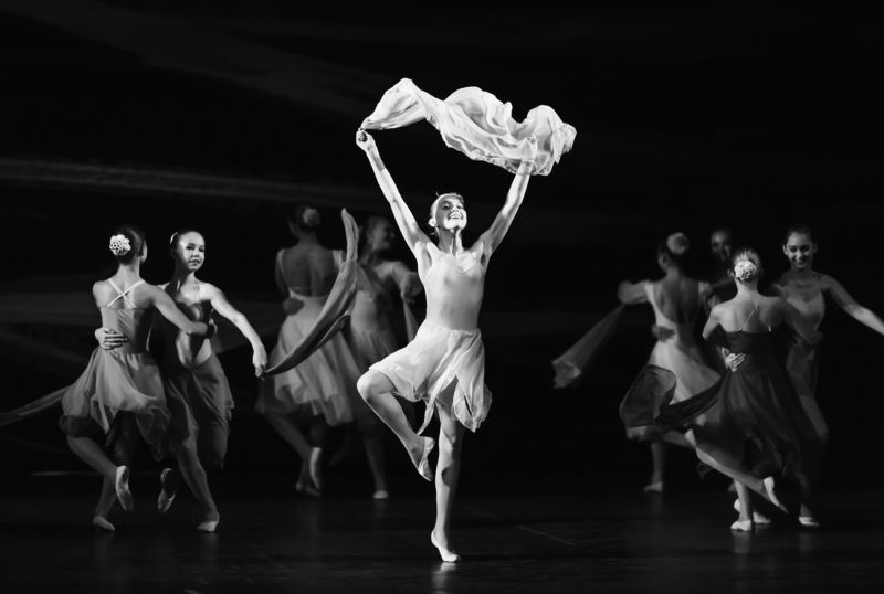 концерт, репортаж, монохром, танец, движение, эмоции Концертноеphoto preview