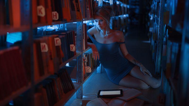 book книга девушка girl model chubrita Книгу?photo preview
