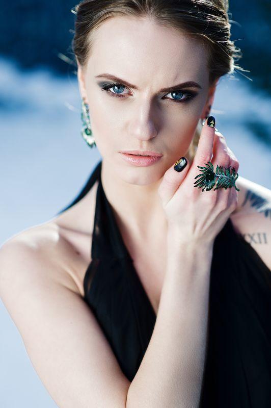 девушка, модель, портрет, глаза, зеленый Dark Bridephoto preview