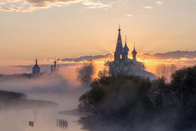 рассвет, туман, восход солнца, дунилово, теза, храм монастырь Хроника одного рассветаphoto preview