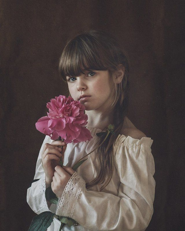 portrait,girl,child,flower, ***photo preview