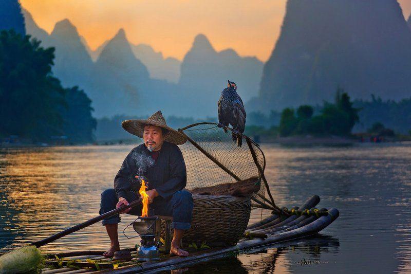 китай, закат, река ли, баклан, рыбак Время зажигать фонариphoto preview