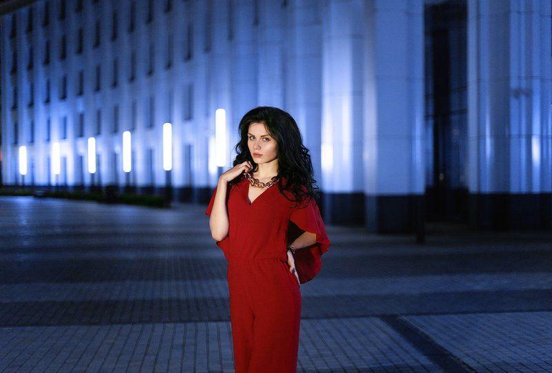 красный,синий,центр,Москва,девушка,вечер, photo preview