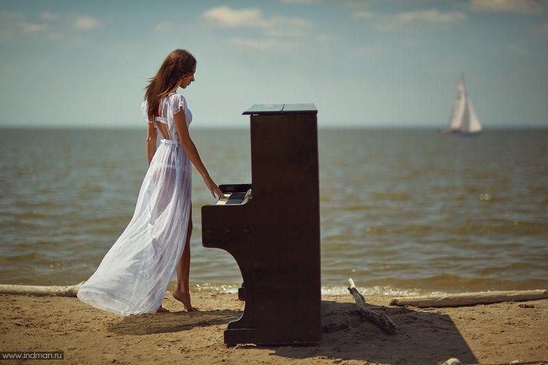 sea, girl, piano, sky, beach Музыка моряphoto preview