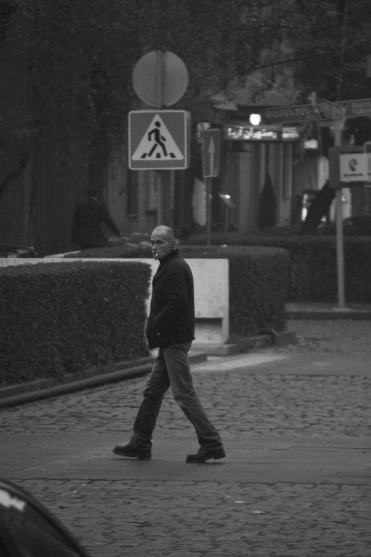 street, streetbw, yerevan,armenia,pedastrians,bw, Pedestriansphoto preview