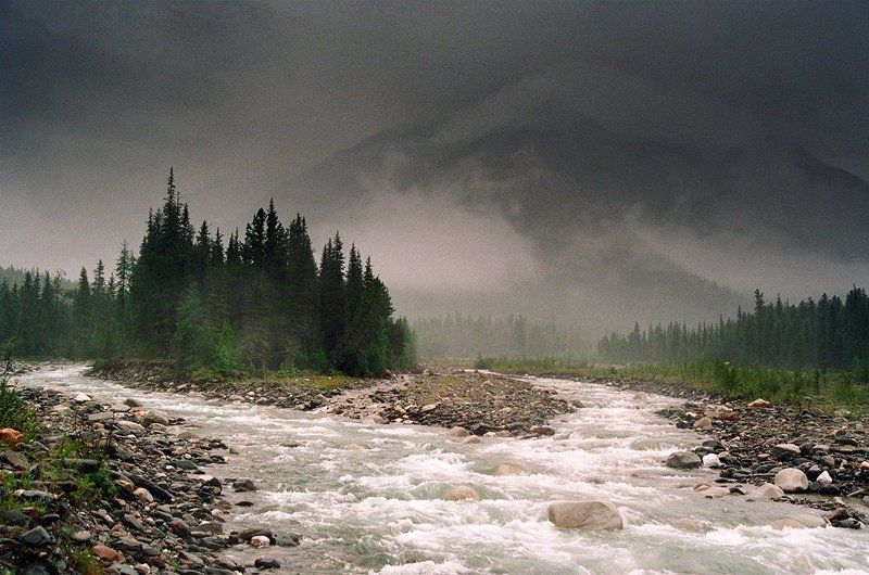 Непогода на реке Шумакphoto preview