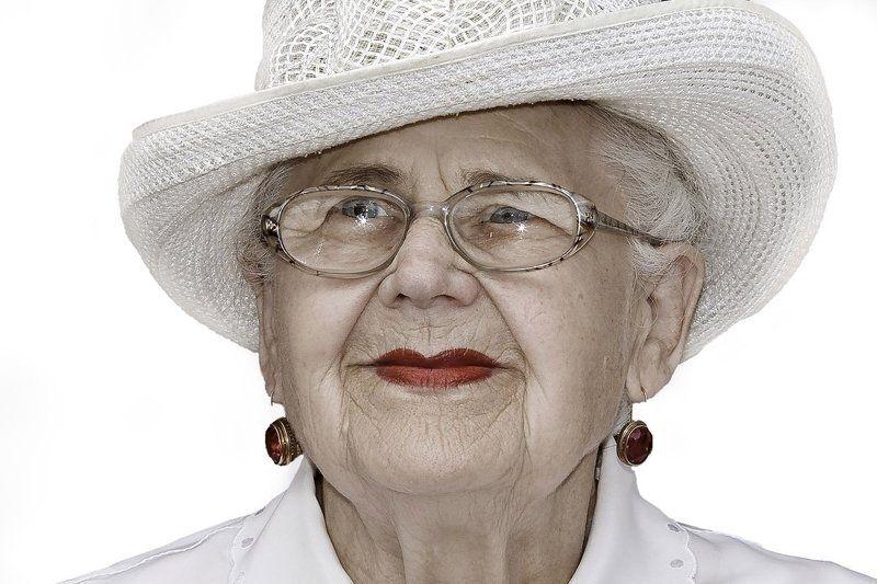 бабушка,шляпка,кокетка Кокеткаphoto preview