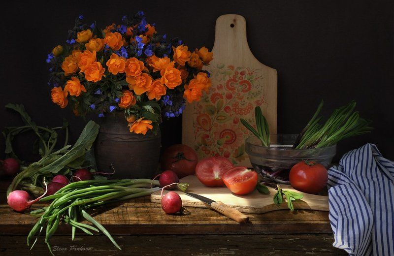 огоньки, весна, цветы, черемша, дачный,  С огоньками и черемшойphoto preview