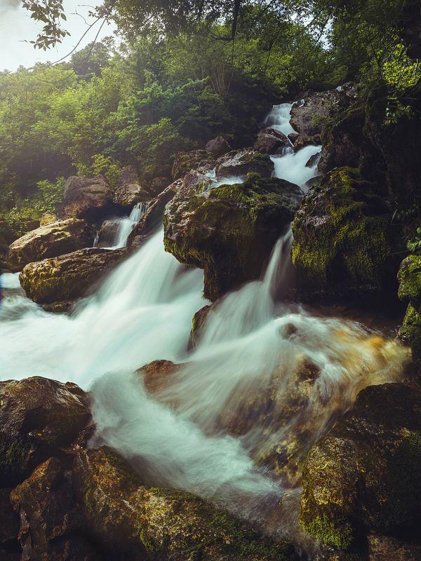 Неудержимая река Рачхаphoto preview
