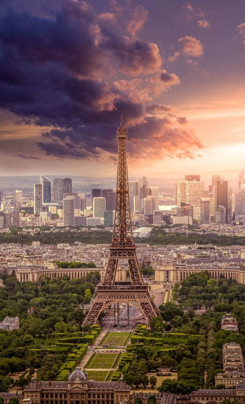 Clouds, Paris, Sky Symbol of Parisphoto preview