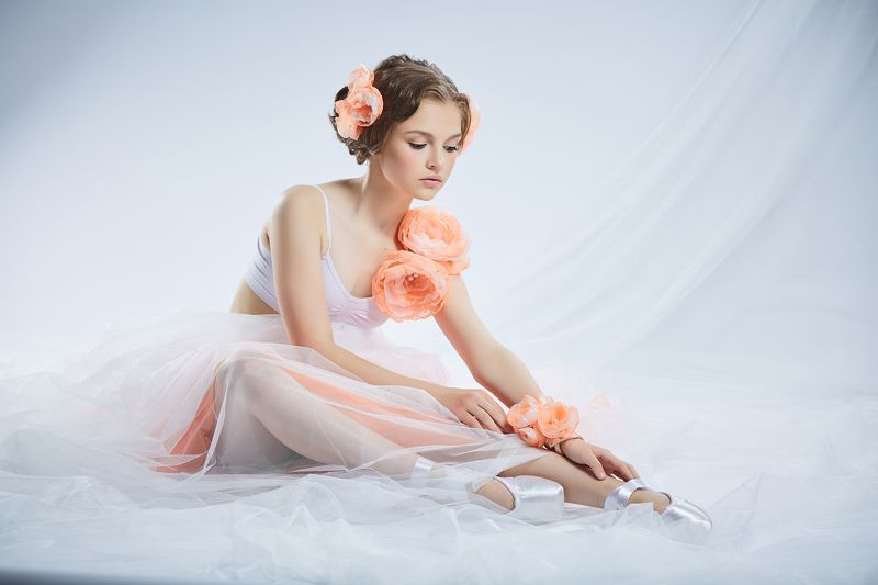 Балерина, Высокий ключ, Девочка в пуантах, Портрет девушки, Пуанты Софияphoto preview
