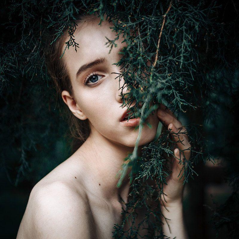 портрет, девушка, portrait,emotions,girls,eyes ,people,nature,natural,greens,light,35,canon Viktoria photo preview