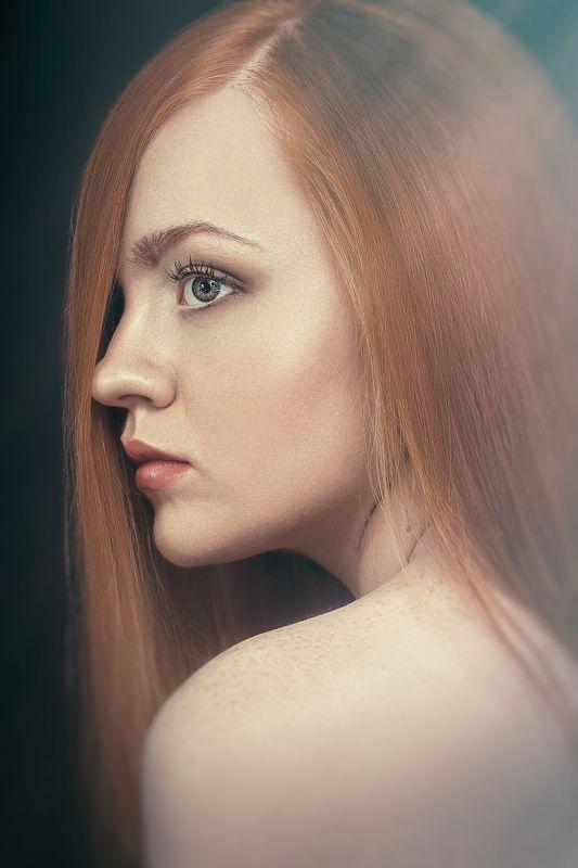 портрет,красота,девушка, глаза, волосы, взгляд, Екатеринаphoto preview