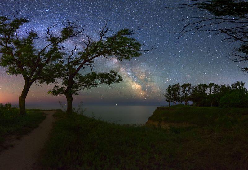 Ночь, звезды, море, лето, Млечный путь, берег, ночной пейзаж Night near Black Seaphoto preview