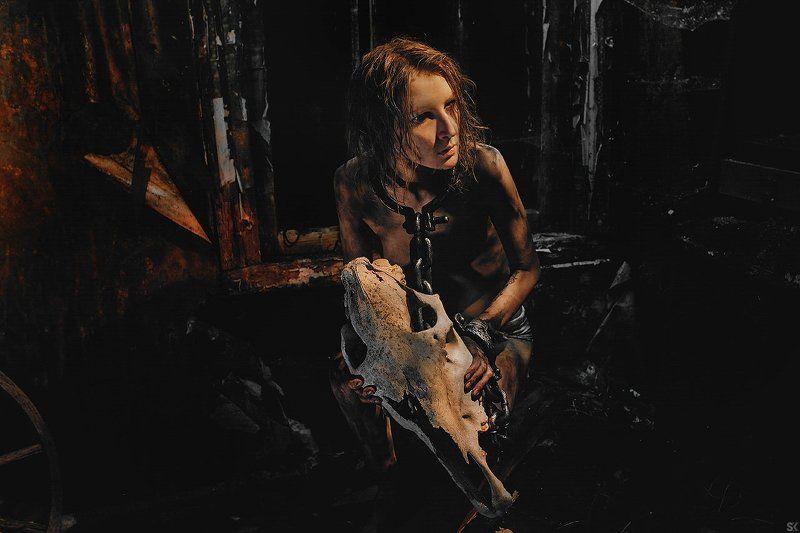 horror fear bloud light red hanger страх dark боль хоррор ужас кровь мясо тьма \