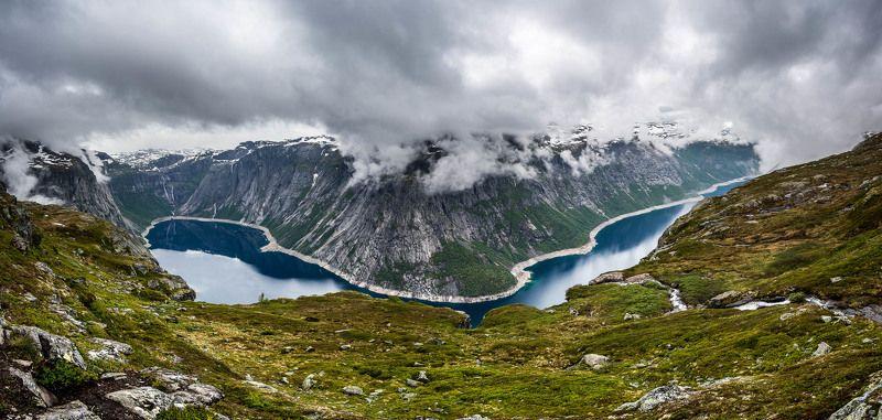 Норвегия, фьорд, язык Тролля, пейзаж, облака По дороге на язык Тролляphoto preview