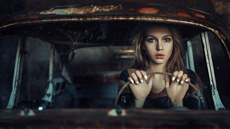 Cinematic, Model, Mood, Portrait In the old carphoto preview
